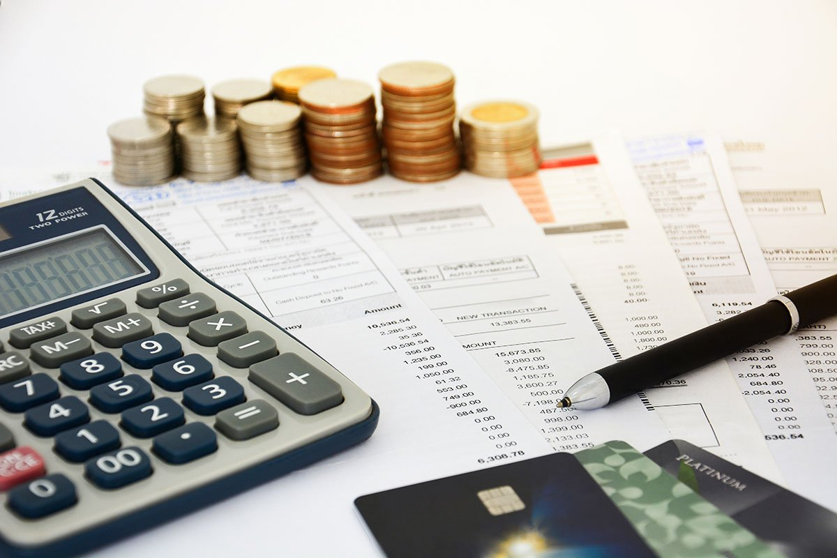How Much Debt Do You Need to File Bankruptcy in Arizona?