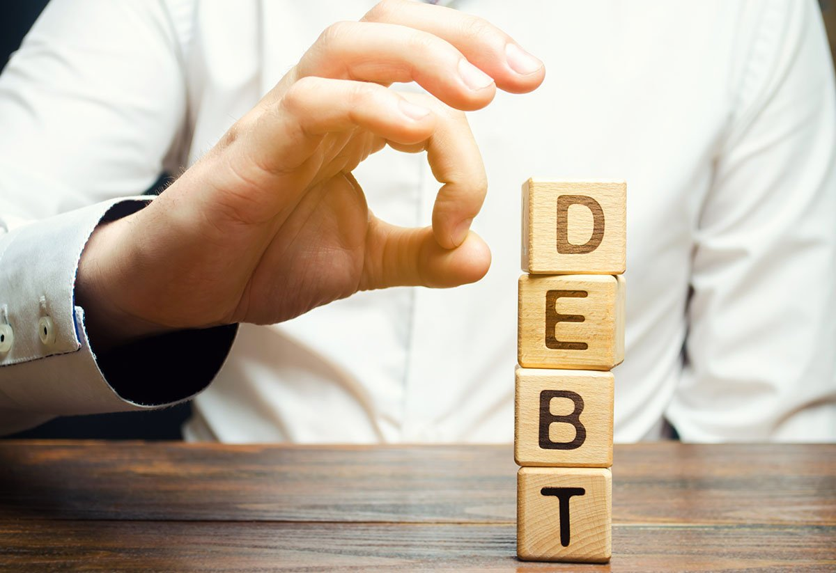 How Much Debt is Needed to File Bankruptcy in Arizona?